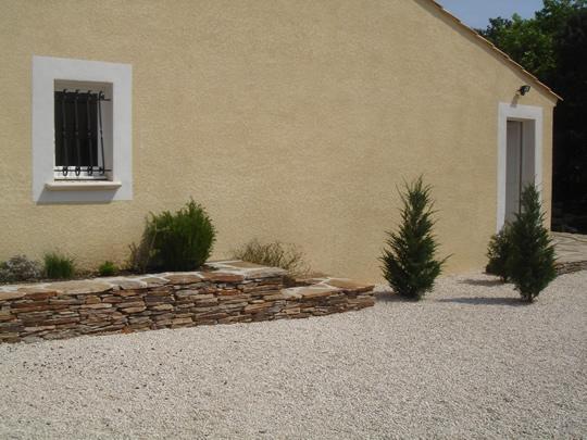 le jardin sec un jardin conomique et sympathique. Black Bedroom Furniture Sets. Home Design Ideas